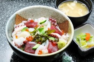 元祖まかない海鮮丼
