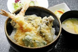 海老と鳳がきの海鮮天丼